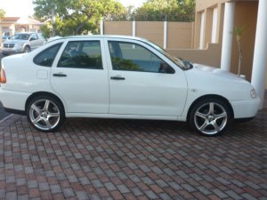 volkswagen polo 1997 manual 1 6 litres cape town free rh capetown adsafrica co za haynes manual vw polo 1997 manual vw polo 1997