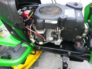 john deere l110 lawn tractor automatic  rear bagger John Deere L110 Mower
