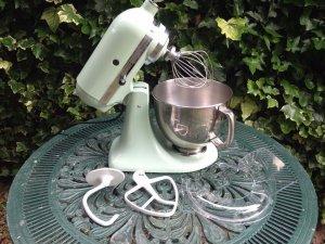 KitchenAid Artisan 4.8L Stand Mixer   Pistachio RRP 399   Kimberley