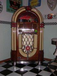 Wurlitzer 1015 Bubbler Jukebox - Benoni - free classifieds in South