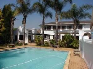 Upper Waterkloof retirement village - Pretoria - free