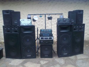 full dj pa sound system and lights durban free classifieds in south africa. Black Bedroom Furniture Sets. Home Design Ideas